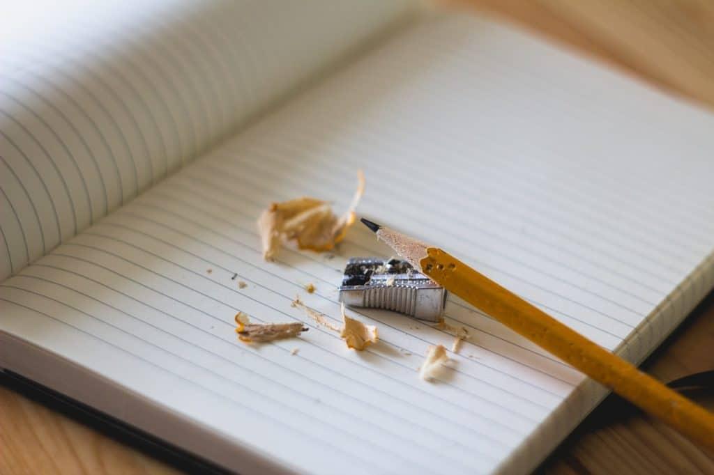 עיפרון ודף